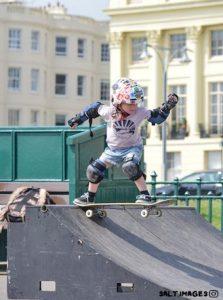 Interview: UK skate sisters – Two shredders from Brighton - Basement